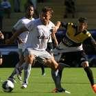 Figueirense bate Criciúma e renova chances de levar returno