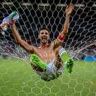 América empata no fim com Atlético e fatura título mineiro
