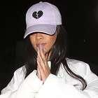 Rihanna incluye tacones con cordones en su nueva colección