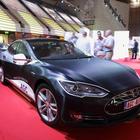 Tesla muestra sus avances en conducción autónoma