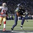 Seattle aplasta a San Francisco pero se lesiona Wilson