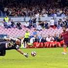 Roma vence Napoli fora de casa e cola na líder Juventus