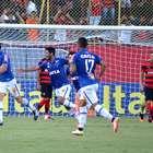Mistão do Cruzeiro supera o Vitória por 1 a 0 fora de casa