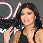 Luce un corte Bob platinado como Kylie Jenner