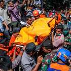 Chega a quase 100 o nº de mortos em terremoto na Indonésia