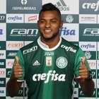 """Borja é apresentado no Palmeiras e recebe """"número abençoado"""""""