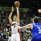 Heat vencen a Hawks y mantienen aspiraciones de playoffs