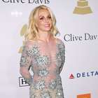 Auxiliar de vuelo imita a Britney Spears y se vuelve famoso