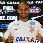 """Clayton no Corinthians: """"desde criança me preparo para isso"""""""