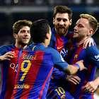 Messi marca en el último segundo y mete al Barça en la ...