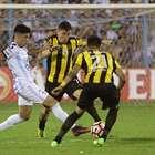 Peñarol se despide y Wilstermann pasa a octavos con susto