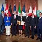 Líderes do G7 assinam declaração de luta contra o terrorismo