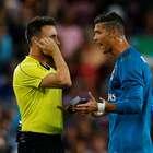 Cristiano Ronaldo pega gancho de 4 jogos por empurrar juiz