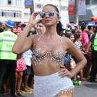 Sem Neymar, Bruna Marquezine curtiu muito o Carnaval