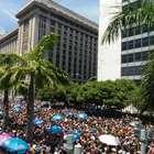 Monobloco encerra Carnaval do Rio celebrando o amor