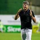 Grêmio leva frango, perde e entra na zona de rebaixamento