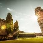 Cientistas desvendam por que a Torre de Pisa continua em ...