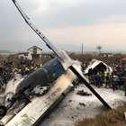 Pelo menos 50 pessoas morrem em queda de avião no Nepal