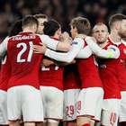 Arsenal vence e elimina Milan; Borussia e Lyon dão adeus