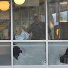 Atirador nu mata 4 pessoas em restaurante no Tennessee