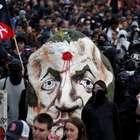 Conflitos em protesto contra Macron deixa detidos em Paris