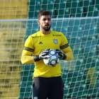 Goleiro Alisson é registrado no BID e pode jogar pelo Paraná