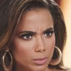 Em desabafo, Anitta fala de cachorro e chora