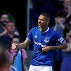 Richarlison faz golaço e Everton atropela United: 4 a 0