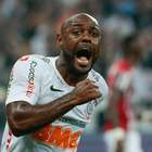 Com gol de Love no fim, Corinthians bate São Paulo e é tri