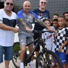Santos dá nova bicicleta a Sampaoli após técnico ter a ...