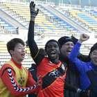 Em alta na Coreia, Negueba celebra marca e relata ...