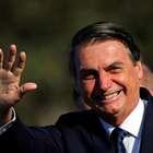 """Vamos fechar a Ancine?"", pergunta Bolsonaro a apoiadores"