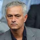De olho no Tottenham, Mourinho recusa proposta do Lyon
