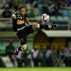 Vasco pode negociar Bruno César com futebol árabe