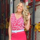Barbie? Tici Pinheiro ensina maneira estilosa de vestir rosa