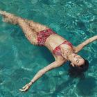 Bruna Marquezine lança coleção beneficente de moda praia