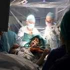 Paciente toca violino durante cirurgia de tumor no cérebro