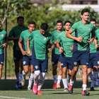 Após eliminação, Fluminense treina visando a estreia na ...