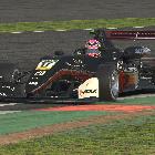 Suellio vence em Silverstone e coloca a mão no título do ...