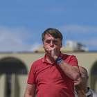"""Bolsonaro tira máscara após entrevista: """"Risco é quase zero"""""""