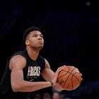 Milwaukee Bucks dá show e bate recorde contra o Miami Heat