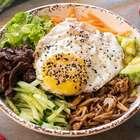 Faça em casa bibimbap, receita clássica da cozinha coreana