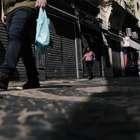 Calçadas de SP dificultam o distanciamento social