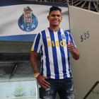 Desgaste adia a estreia de Evanilson, ex-Fluminense, no ...