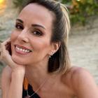 Ana Furtado exibe maiô com estampa de caju de R$ 585