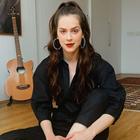 Sophia Abrahão acerta com P&B e moda utilitária
