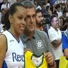 Com amigas e Zé Roberto, Fofão encerra carreira no vôlei