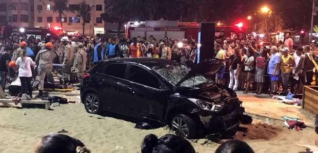 Motorista invade calçadão de Copacabana e fere ao menos 11