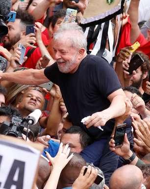 Lula lidera corrida presidencial e venceria no 1º turno