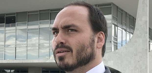 """Carlos publica vídeo que acusa Witzel de """"forjar provas"""""""